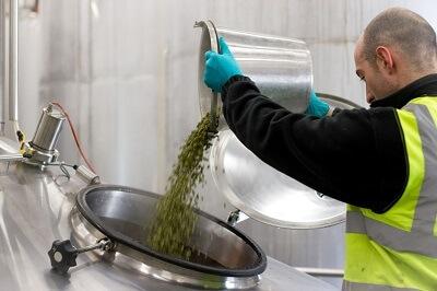Adding the hops