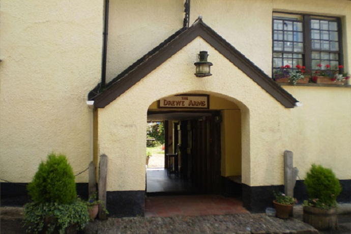 Drewe Arms front entrance