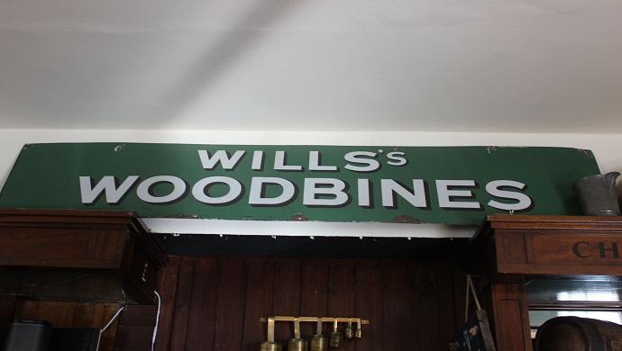The Avon Inn Woodbine sign