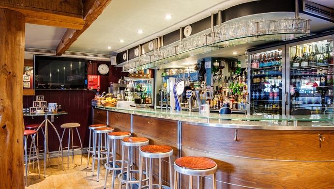 Bar at the Royal Castle Hotel